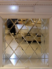 Зеркальное панно на стену