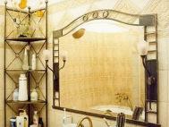 Фигурное зеркало для ванной под бронзу